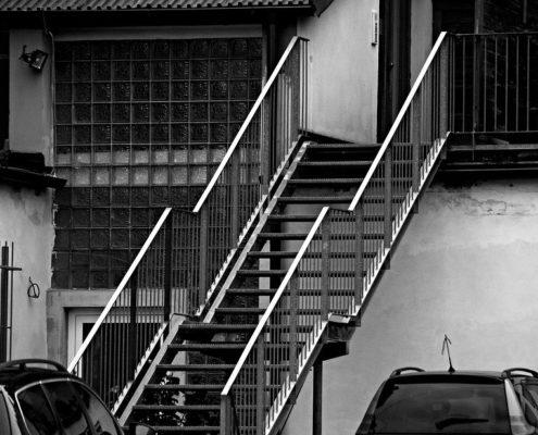 монтаж железных лестниц